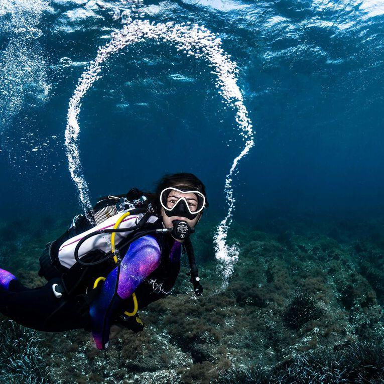 AquaFlex 5mm Wetsuit - Women, Black/Twilight, hi-res image number 5