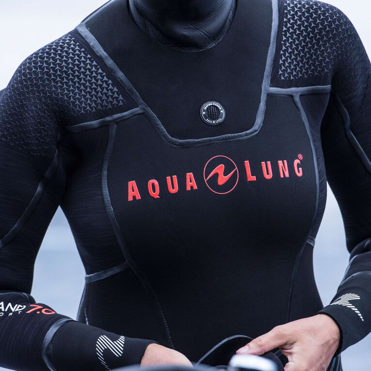 Iceland 7mm Semi Dry Wetsuit Women, Black/Coral, hi-res image number 3